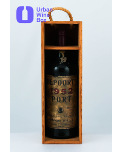 1952 Ruby Vintage Port Niepoort
